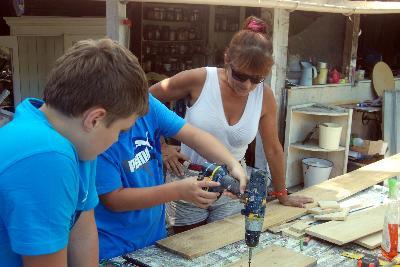 ateliers pour enfants atelier bricolage pour enfants ateliers pour enfants gard ateliers pour. Black Bedroom Furniture Sets. Home Design Ideas