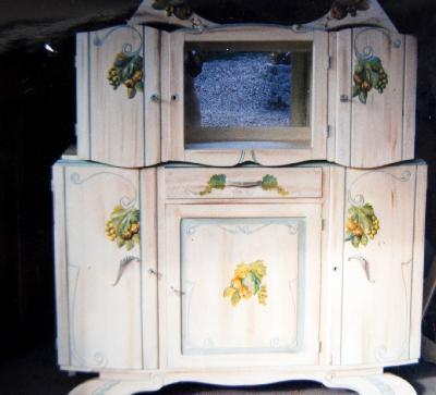 Relooking meubles artisan d art meuble peint cr ation d 39 entreprise en - Meuble des annees 30 ...