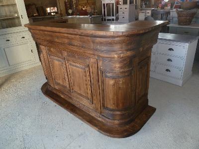 Comptoir de bar billot ilot central copie commode louis xv for Ilot de cuisine antique