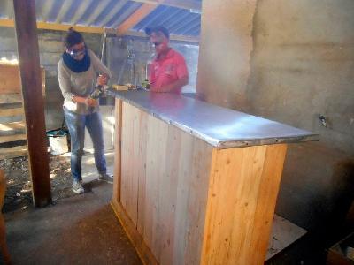 formation eco recyclage mobilier palettes et bois recycl sages mobilier palettes menuiserie. Black Bedroom Furniture Sets. Home Design Ideas