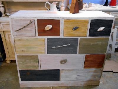 Formation artisans r mun r s tages palettes meubles en for Creation meuble carton